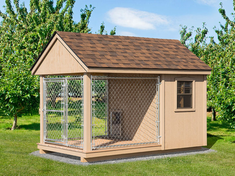 amish-built-dog-kennel-with-chain-link-fence-800x60-animalenclosures0